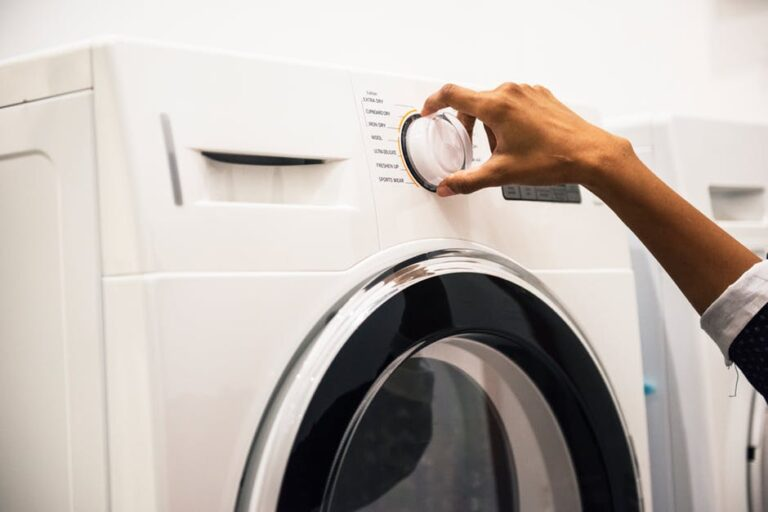 Top 5 Factors to Consider When Buying Washing Machines